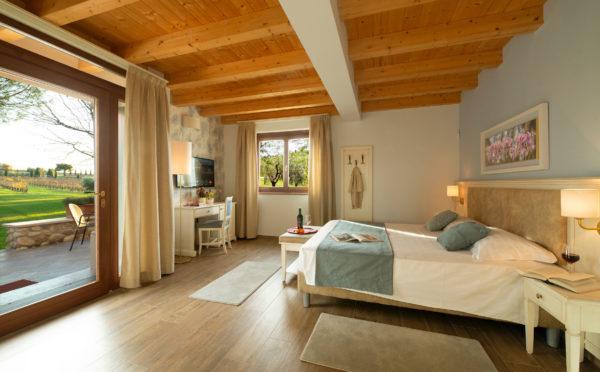 141.Borgo-Romantico